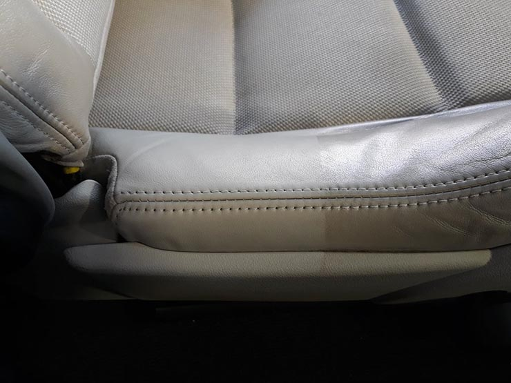 εσωτερικός καθαρισμός αυτοκινήτου